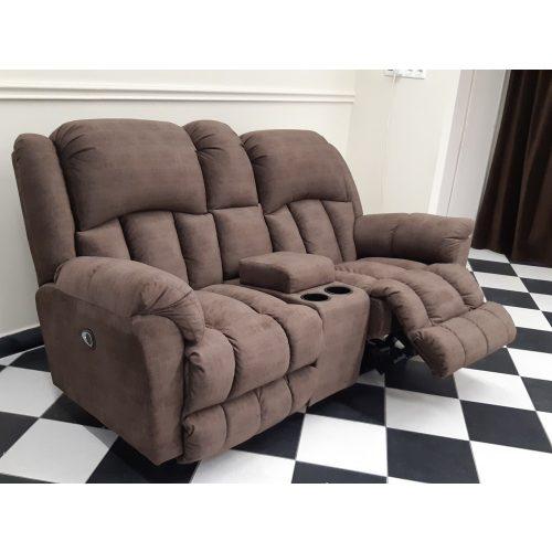 Gilmore 2 személyes motoros italtartós relax kanapé Barein barna microszálas bársony kárpittal raktárról
